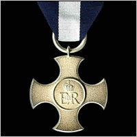 THE DISTINGUISHED SERVICE CROSS: GEO.V, GEO.VI, E.II.R