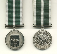 THE INTERNATIONAL AMBULANCE AND MEDICS  MEDAL.