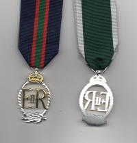 ROYAL NAVAL RESERVE / RNVR OFFICERS DECORATION