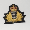 ROYAL NAVY: OFFICERS CAP BADGE: QUEEN'S CROWN